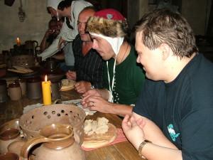 kostky jsme si zahráli i my ve středověké krčmě