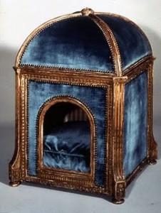 pelíšek pro psa Marie Antoinetty