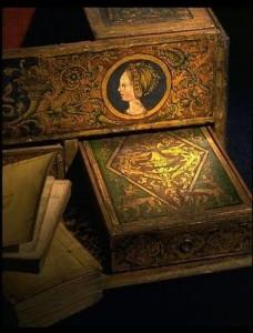 krabička na dopisy patřící Jindřichovi